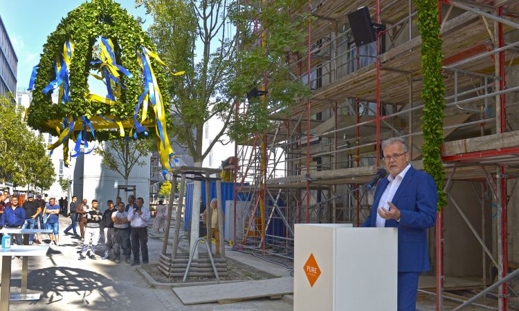 topping-out ceremony PURE in Berlin